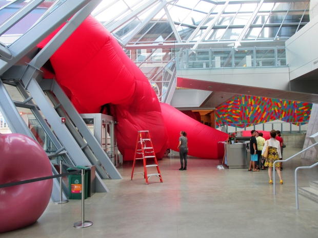 Jimmy Kuehnle: Wiggle, Giggle, Jiggle  in the process of being installed at the Akron Art Museum in August 2016. Photo: courtesy of the Akron Art Museum